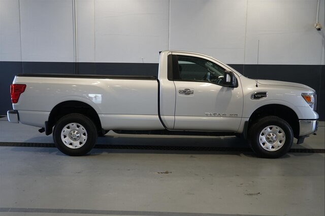 Pre-Owned 2017 Nissan Titan XD SV Gas