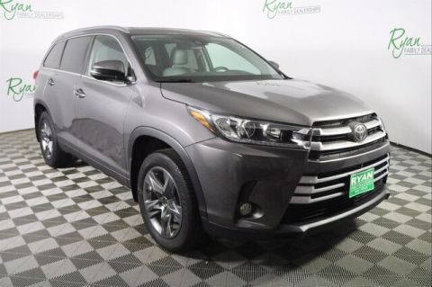Pre-Owned 2017 Toyota Highlander Limited V6